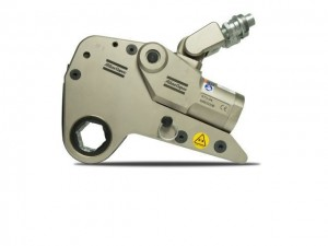 Low profile hydraulic wrench, Rapid-Torc